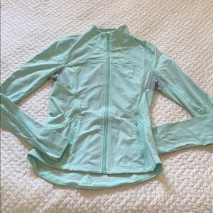 Lululemon lightweight define jacket in light green
